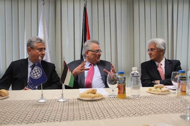 الوزير غنيم يطلع نائب رئيس مجموعة البنك الدولي على  خطط سلطة المياه والبرامج التطويرية لقطاع المياه الفلسطيني