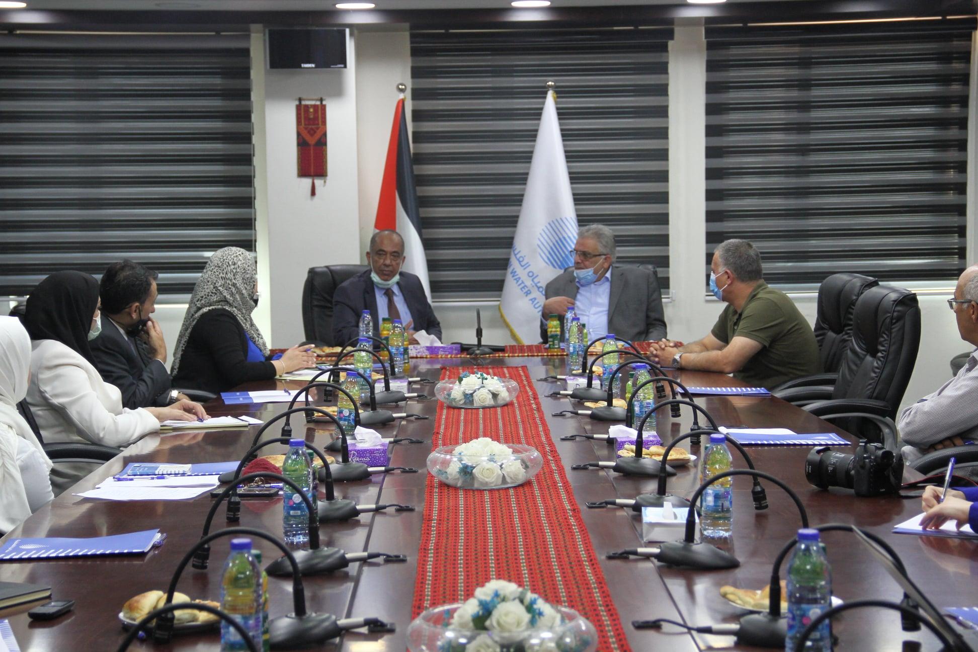 الوزير غنيم يلتقي وزير العدل في إطار بحث التعاون الثنائي