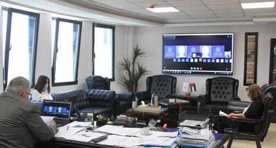 الوزير غنيم يبحث تطورات برنامج محطة التحلية المركزية