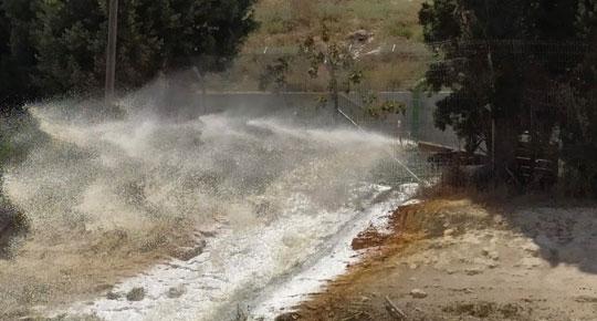 تساهم في تحسين كميات المياه ... سلطة المياه توقع عقود لتنفيذ مشاريع مائية