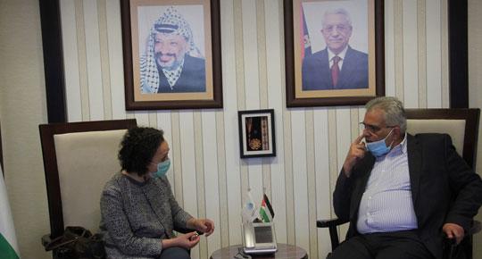 الوزير غنيم يلتقي ممثلة منظمة اليونيسيف