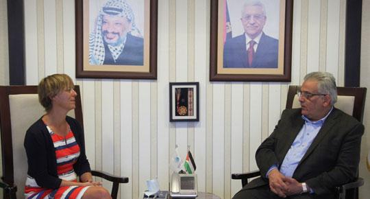 الوزير غنيم يلتقي مديرة التعاون الهولندي لبحث القضايا المشتركة