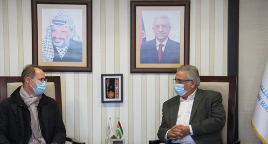 الوزير غنيم يبحث مع مدير الوكالة الفرنسية مشاريع المياه والصرف الصحي
