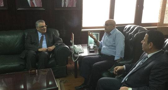 غنيم يبحث مع وزير المياه الأردني أفق التعاون المشترك