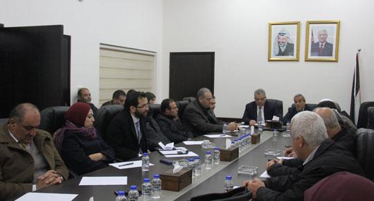 الوزير غنيم يعلن البدء بمشروع دراسة شاملة لتزويد منطقة جورة عمرة بالمياه