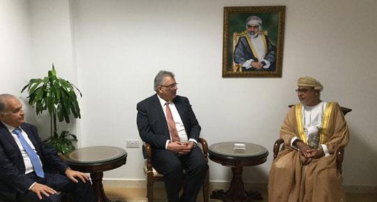 عُمان – التقى رئيس سلطة المياه م. مازن غنيم مع الأمين العام لمجلس البحث العلمي سعادة الدكتور هلال بن علي الهنائي.