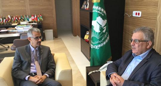 غنيم يتحدث عن تحديات قطاع المياه الفلسطيني في تونس