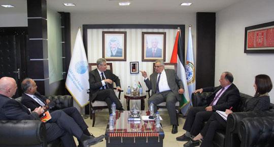 الوزير غنيم يبحث مع نائب رئيس البنك الدولي آفاق التعاون المستقبلية